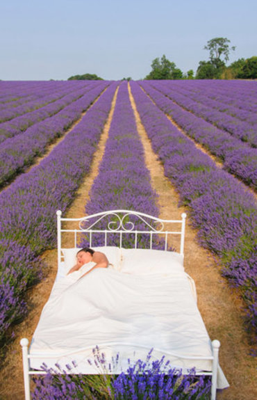 6 formas de dormir melhor durante a menopausa