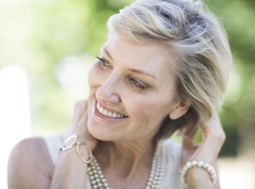 4 ingredientes-chave para o seu cabelo depois da menopausa