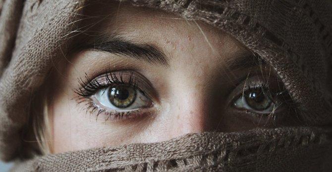 Guia prático de 3 passos de como cuidar da pele no inverno