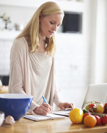 Menopausa: 5 cuidados a ter com a alimentação