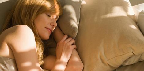 O que acontece à nossa pele enquanto dormimos?