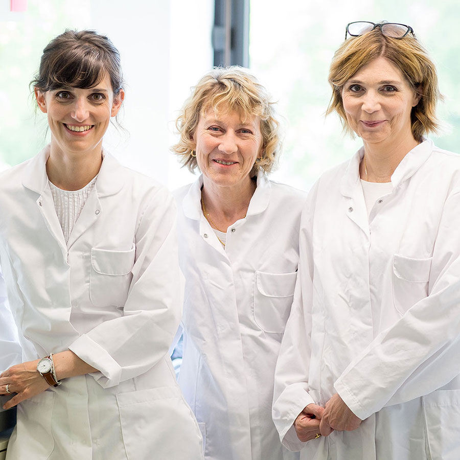 Lucie, Sylvie & Véronique - In charge of Minéral 89 and Normaderm