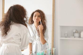 7 dicas para organizar o seu espaço de beleza na rentrée