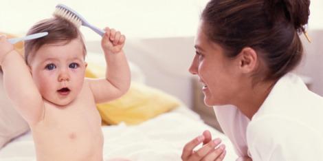 Pós-parto: Como controlar a queda de cabelo