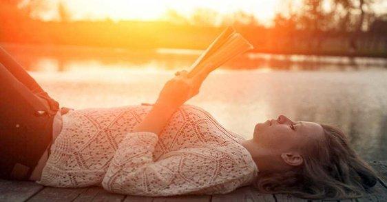 5 livros para ler este verão ao pôr-do-sol