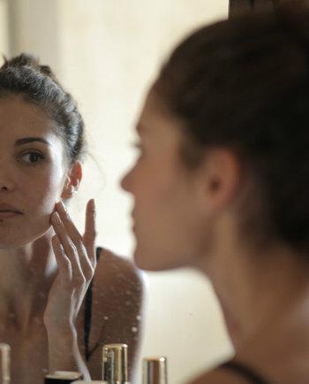 Acne e stress: existe mesmo uma ligação?